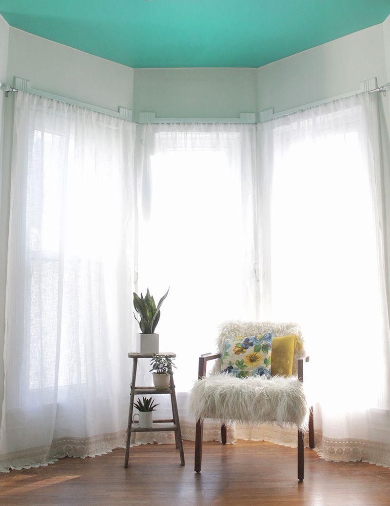 A tutorial for lengthening curtains without sewing