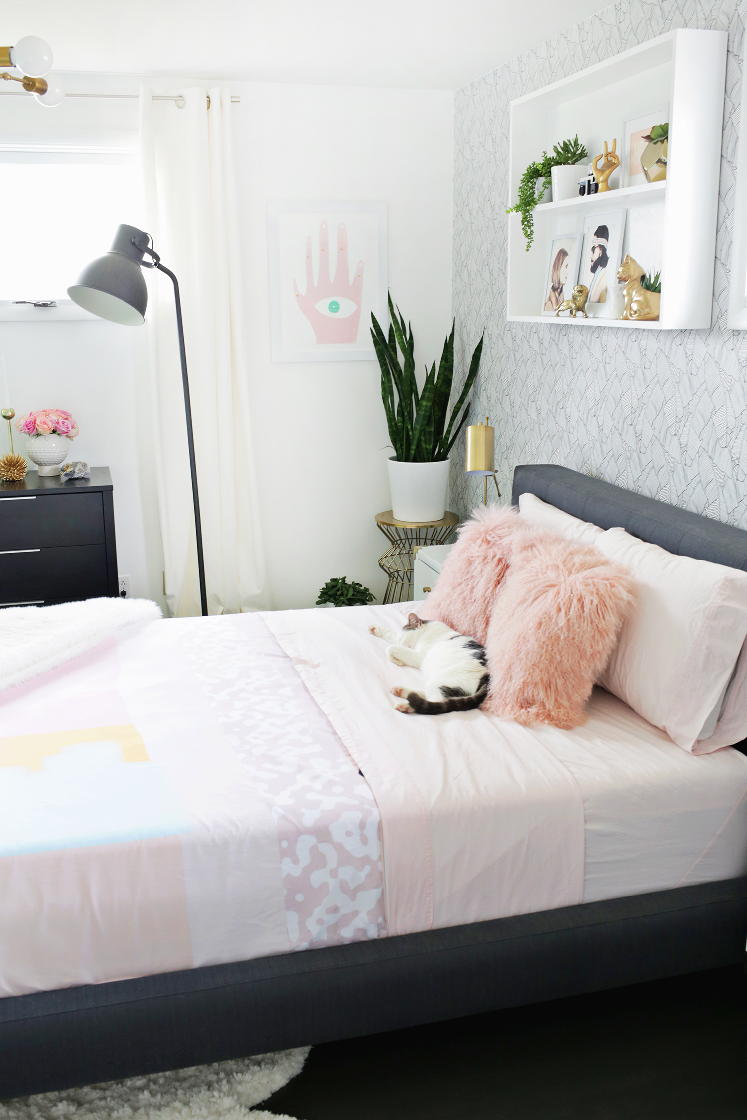 Laura's bedroom tour before + after (click through for more!)