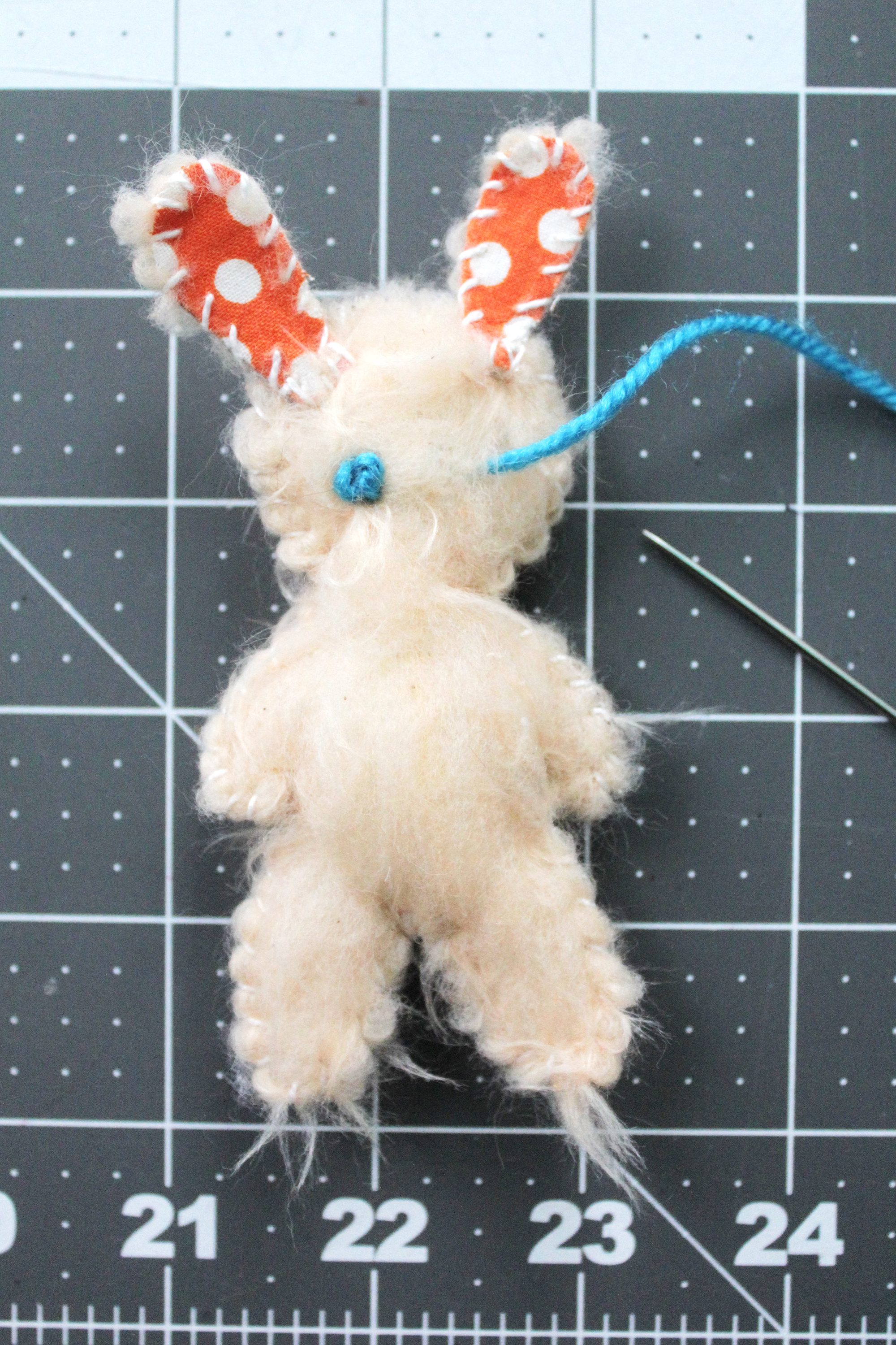 Step 4- embroider eyes using french knots