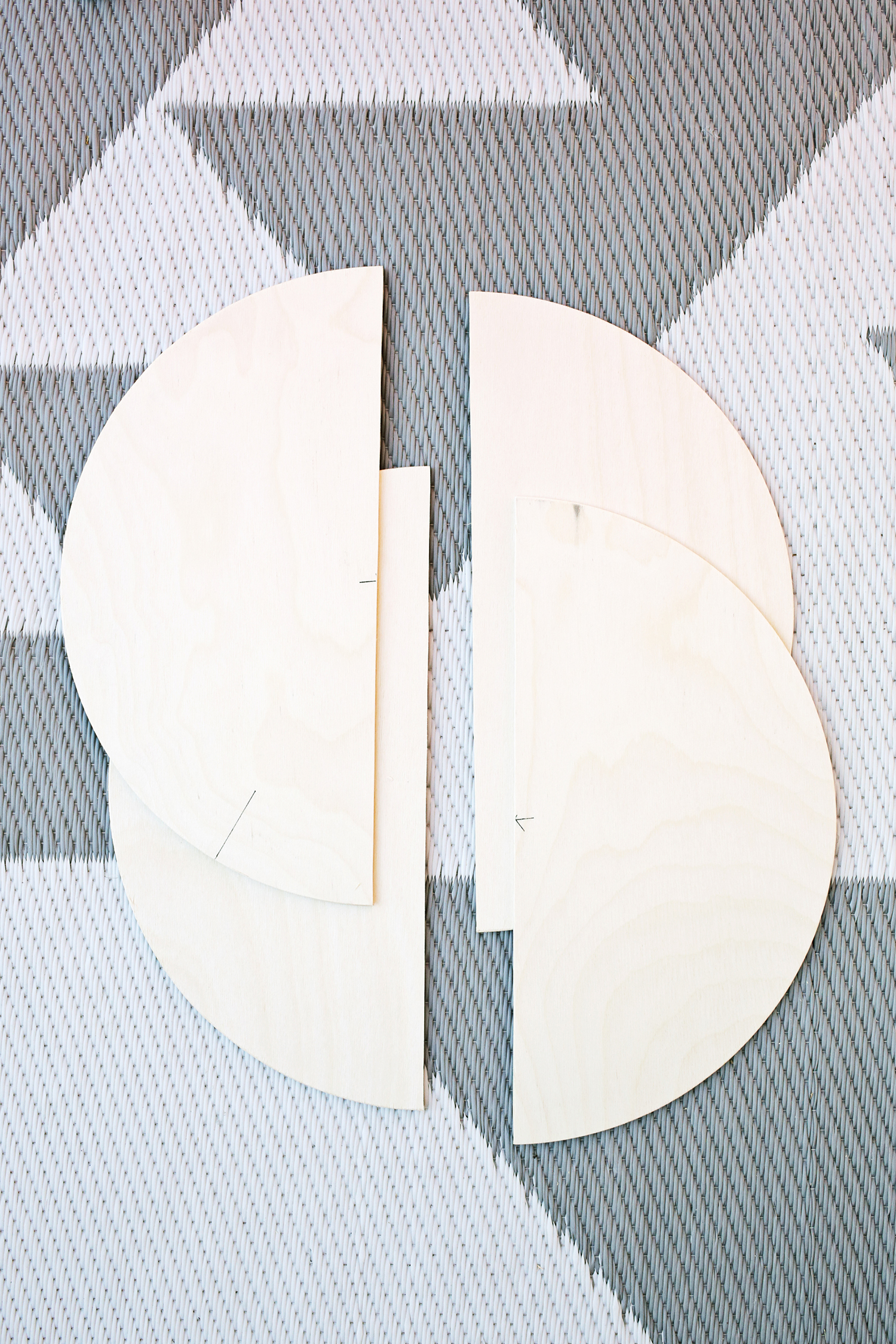 Add Geometric Panels To Your Plain Closet Doors! (click through for tutorial)