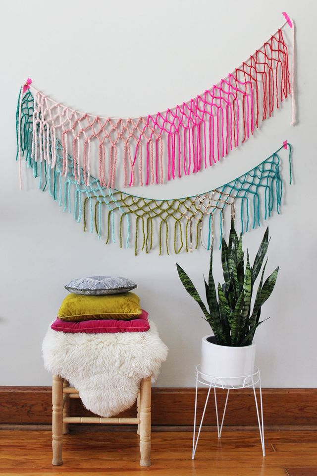 Macrame yarn garland DIY