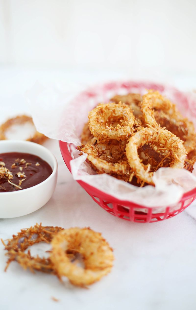Toasted coconut onion rings