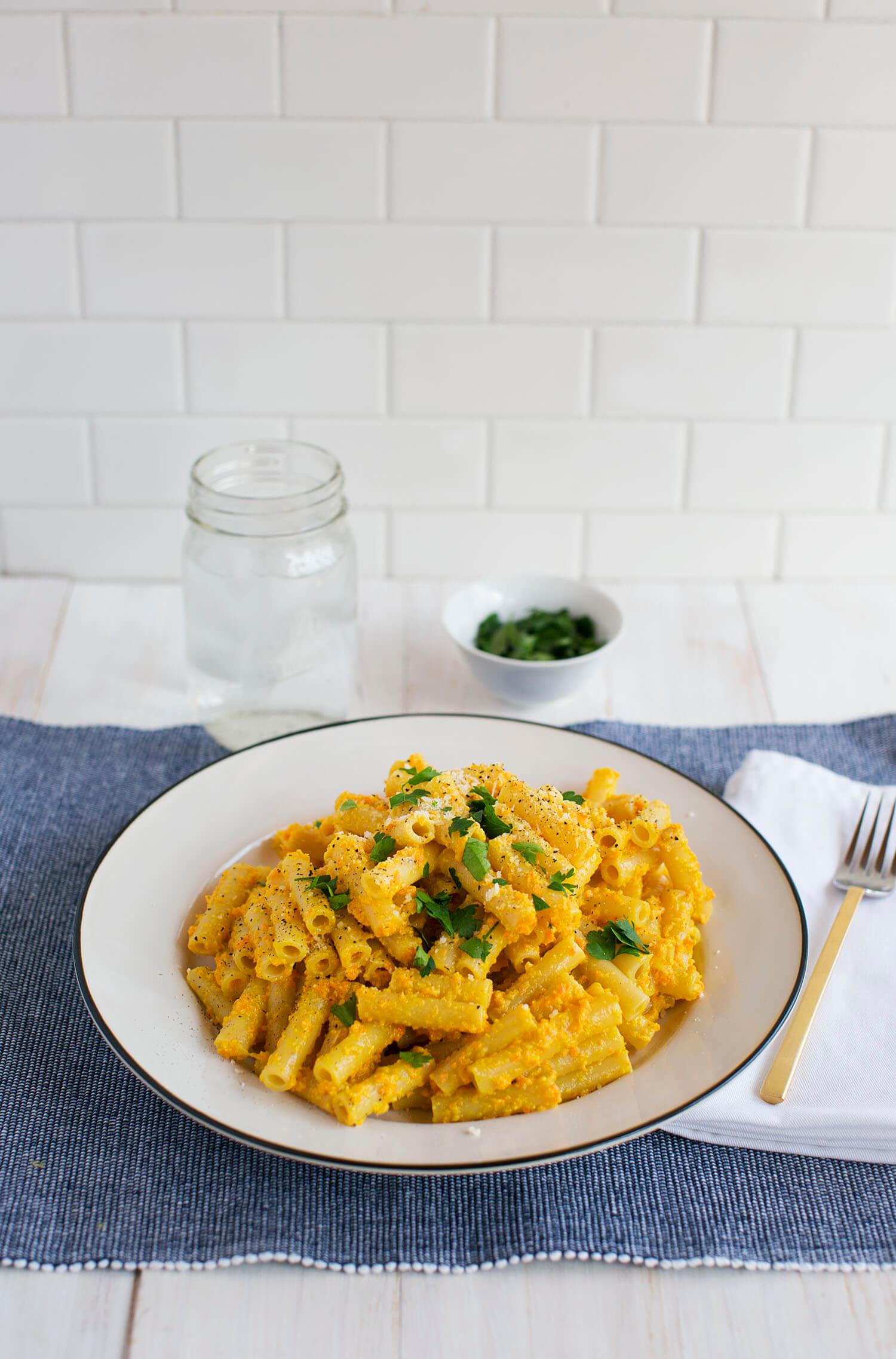 Carrot Pesto Pasta (via abeautifulmess.com)