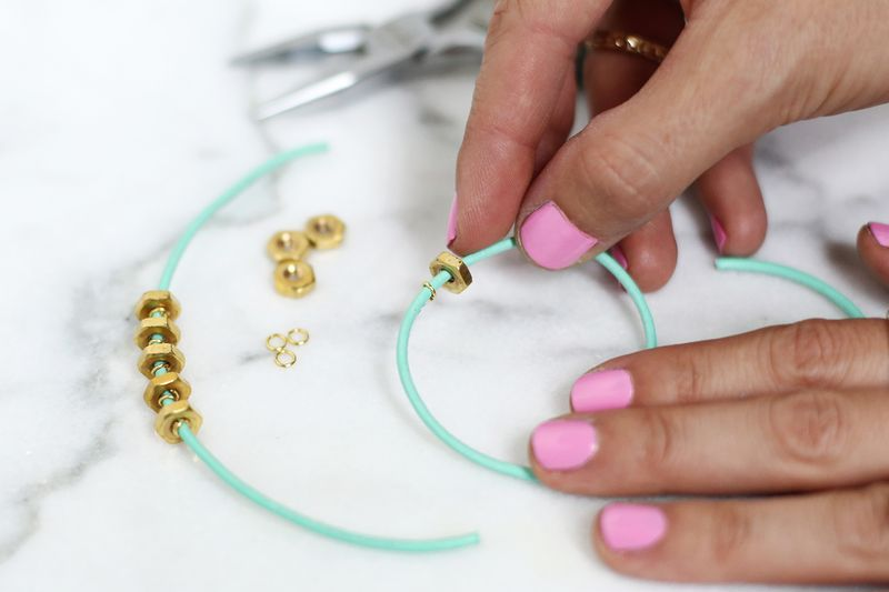 Easy leather bracelet DIY done 3 different ways! (click through for tutorial)