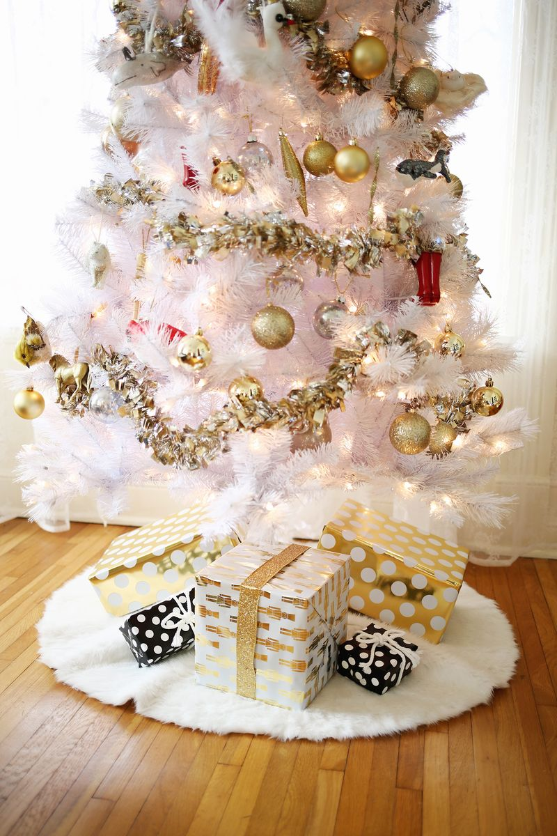 3 Easy No-Sew Tree Skirts - A Beautiful Mess