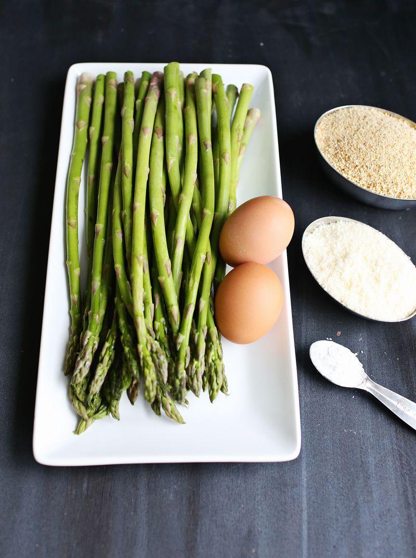How to Make Baked Asparagus Fries (via Abeautifulmess.com)