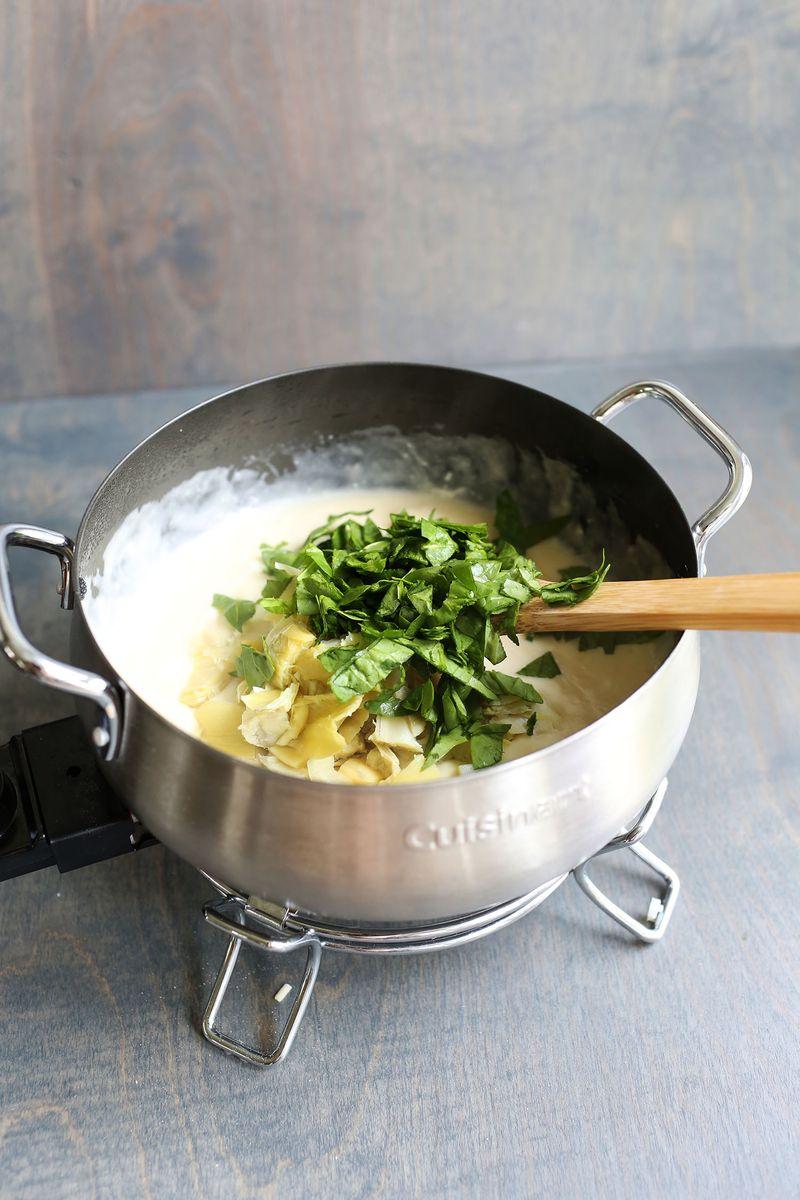Easy spinach and artichoke fondue
