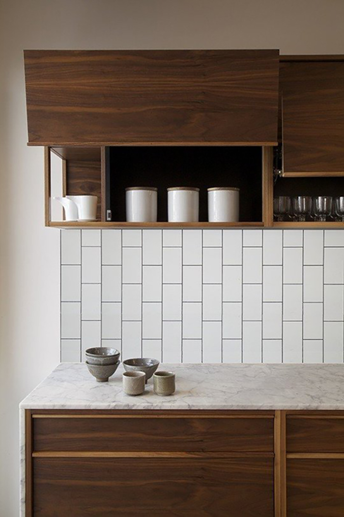 running bond subway tile