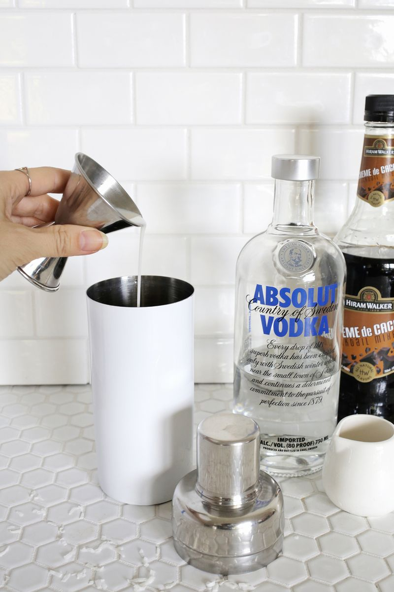 Almond Joy martini-delish! (click through for tutorial)