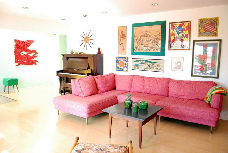 Pink couch via At Home with Kimi Encarnacion