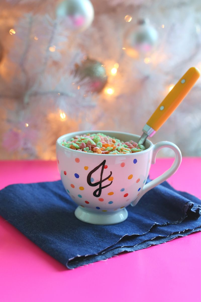 Try This Food And Dishwasher Safe Mug Tutorial A Beautiful Mess