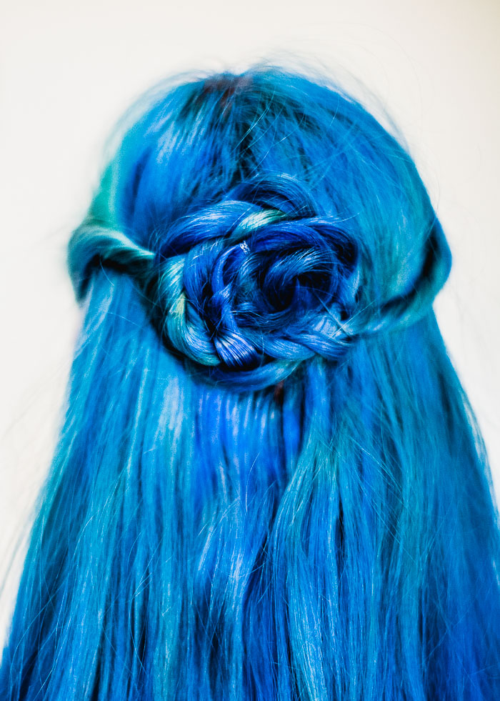 Channel spring with this easy flower braid (click-through for tutorial)