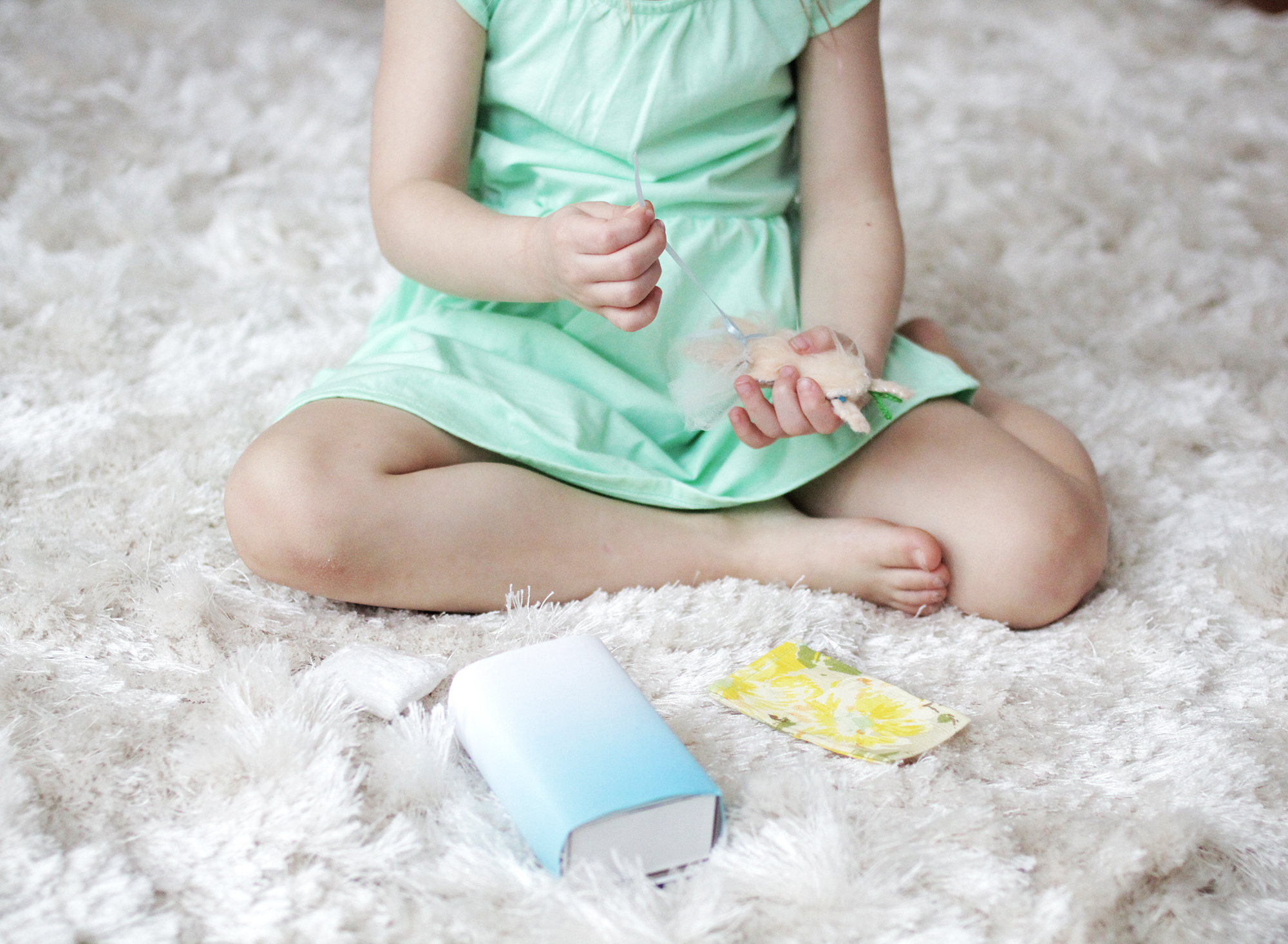Kiddos love these matchbox dolls (click through for tutorial)
