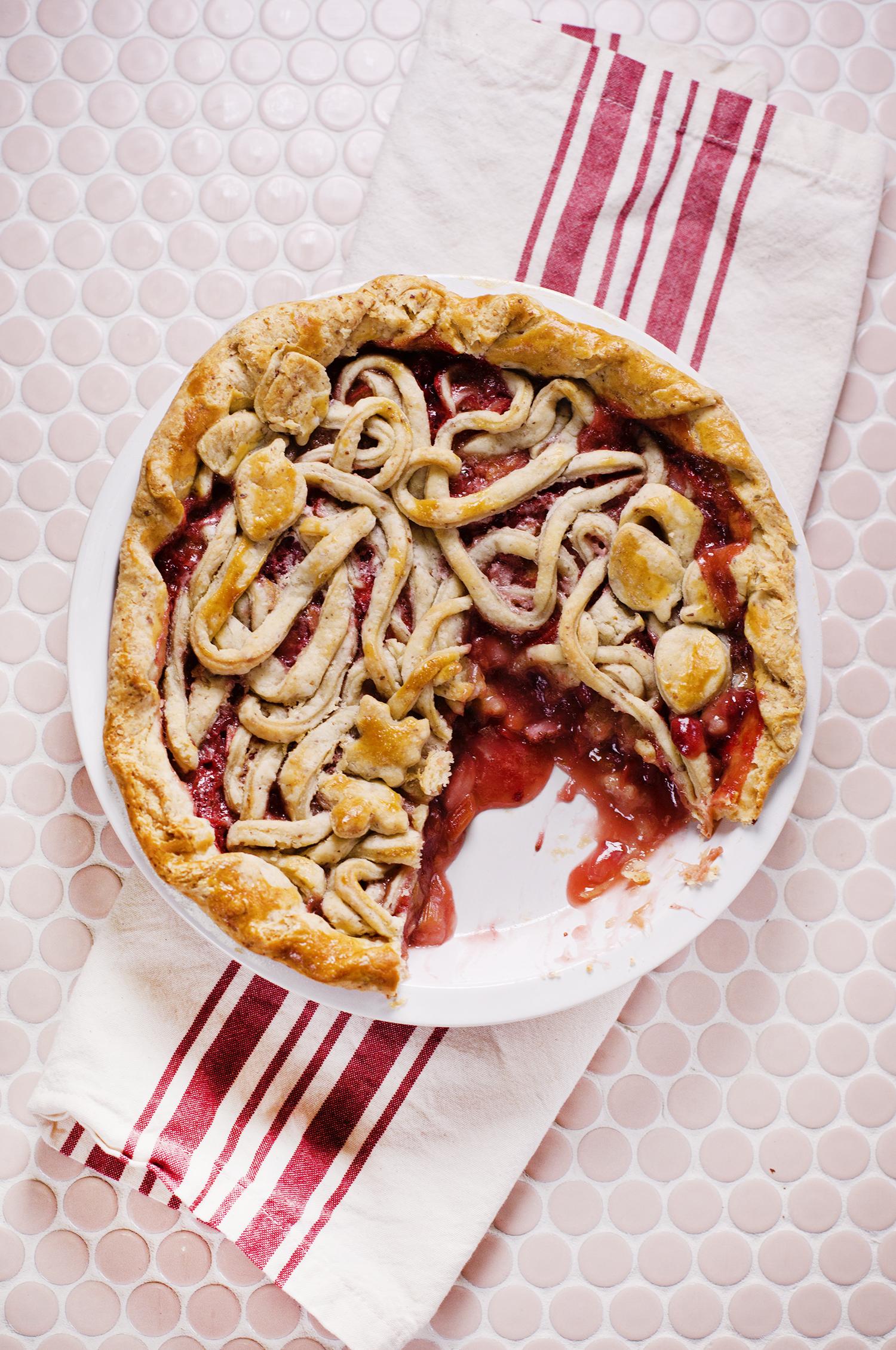 Rhubarb strawberry and almond pie (via abeautifulmess.com)