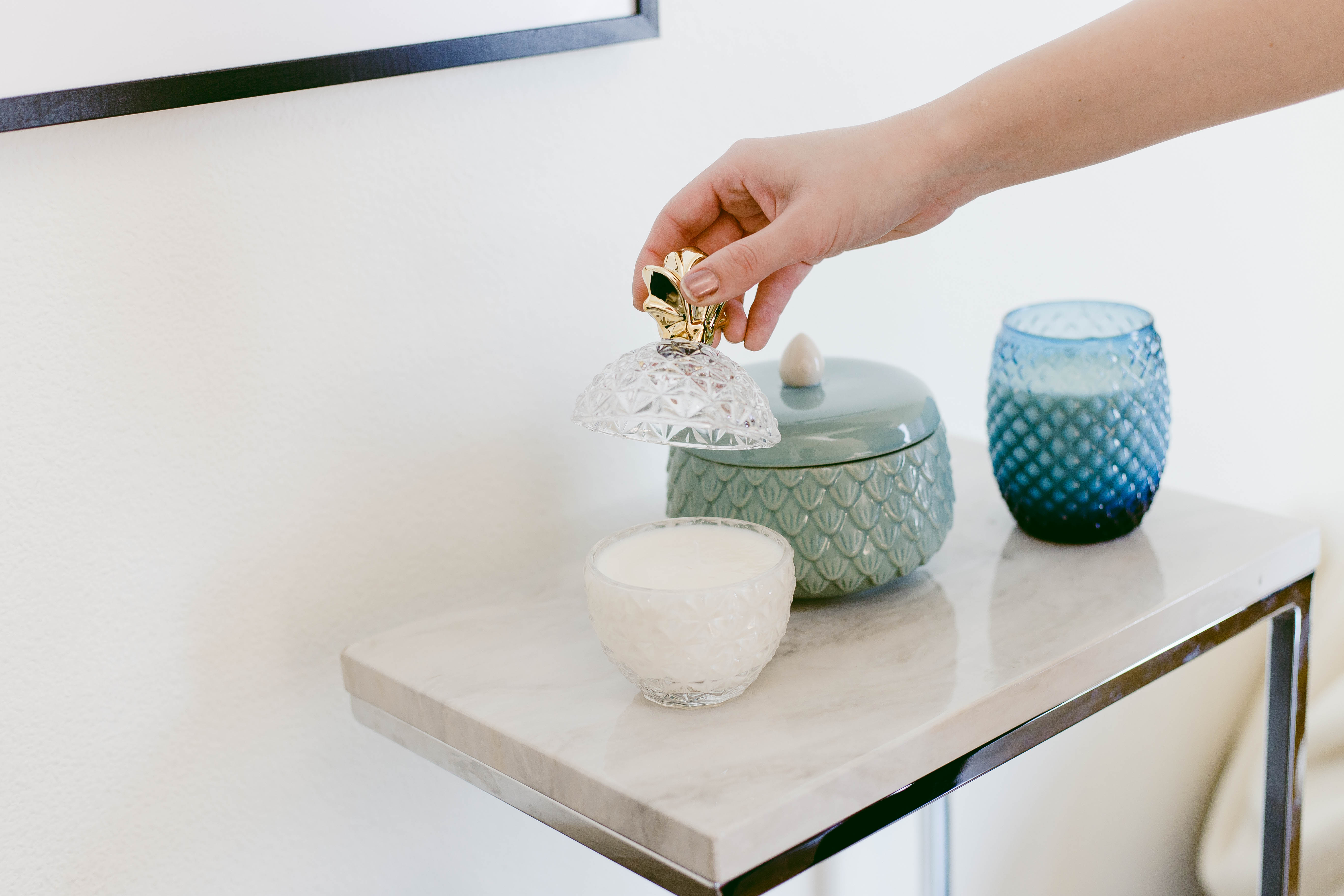 DIY Soy Candles- click through for the full tutorial!